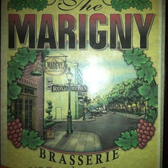 Foto tirada no(a) Marigny Brasserie por Lisa B. em 1/22/2012