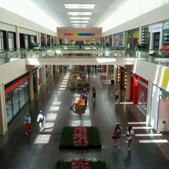 4/27/2012 tarihinde Charles G.ziyaretçi tarafından NorthPark Center'de çekilen fotoğraf