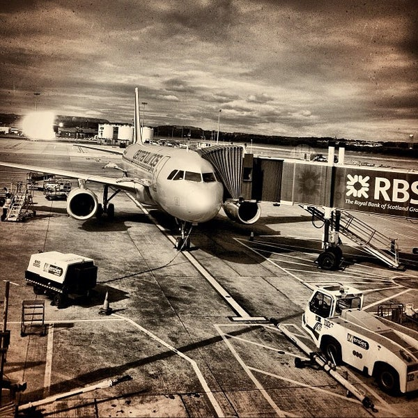 Photo prise au Edinburgh Airport (EDI) par Dirk S. le8/26/2012