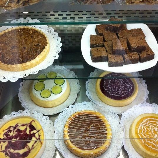 Photo prise au De Tartas & Tortas par Sue W. le9/15/2011