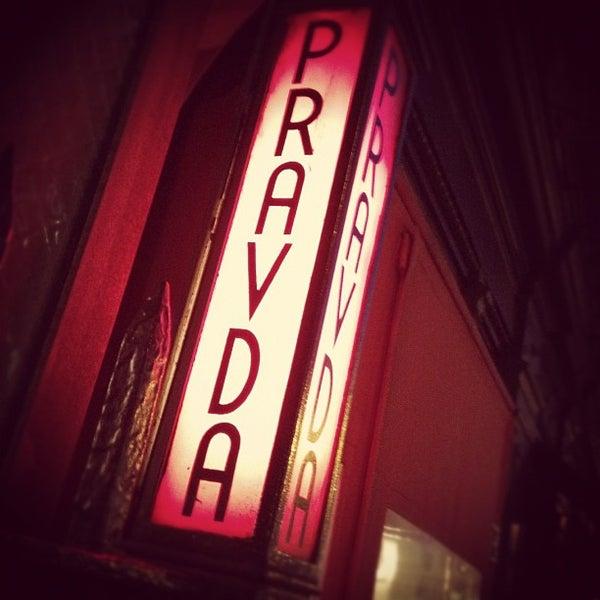 รูปภาพถ่ายที่ Pravda โดย Elsie L. เมื่อ 11/3/2011