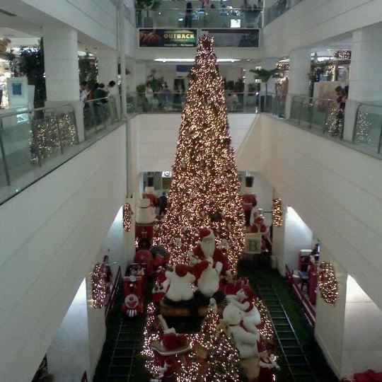12/4/2011 tarihinde Carlos K.ziyaretçi tarafından Shopping Tijuca'de çekilen fotoğraf