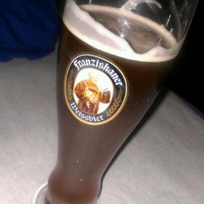 Foto scattata a Bourbon Street Restaurant and Catering da Dean il 1/15/2012