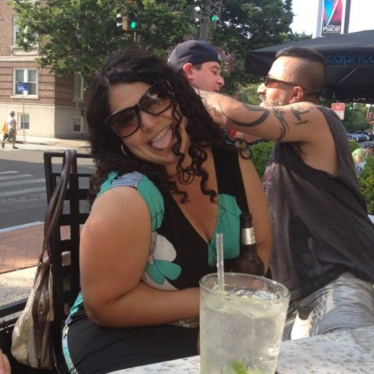 Foto tirada no(a) Tigin Irish Pub por David em 7/8/2012