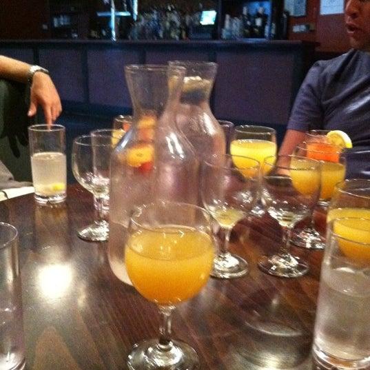 Das Foto wurde bei Opal Bar & Restaurant von Katie P. am 7/31/2011 aufgenommen