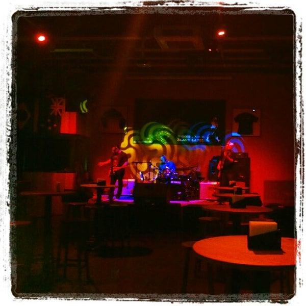 6/28/2012にJosé LuizがOzzie Pubで撮った写真