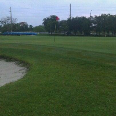 Das Foto wurde bei Palmetto Golf Course von Dedrick B. am 7/10/2012 aufgenommen