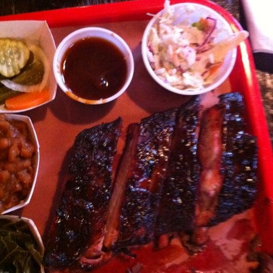 Foto scattata a Mable's Smokehouse & Banquet Hall da May M. il 7/7/2012