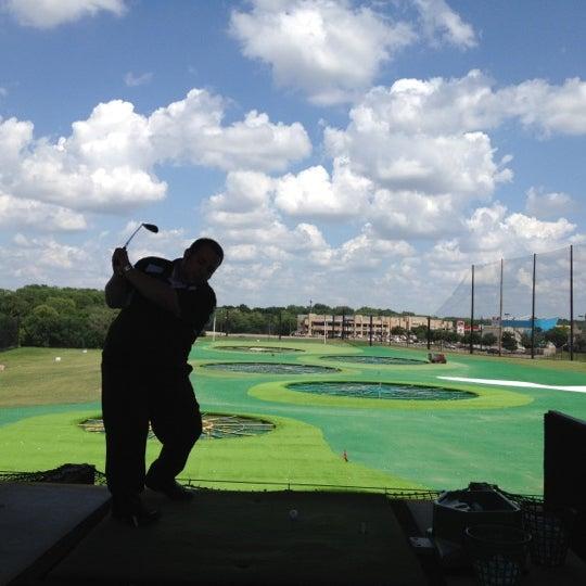Foto diambil di Topgolf oleh Caleb C. pada 6/16/2012