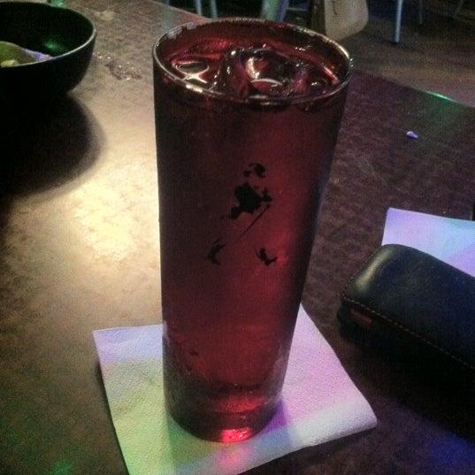 Foto diambil di College Bar oleh Fer M. pada 7/31/2012
