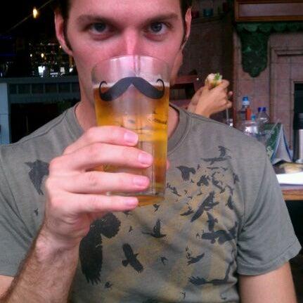 Foto tirada no(a) Bourbon Street Bar & Grille por Nate S. em 9/5/2011
