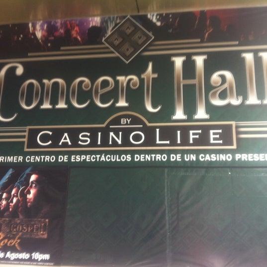 Снимок сделан в Casino Life пользователем Meriene C. 8/27/2011