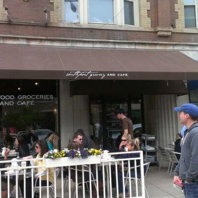 Снимок сделан в Southport Grocery & Cafe пользователем Raf W. 5/6/2012