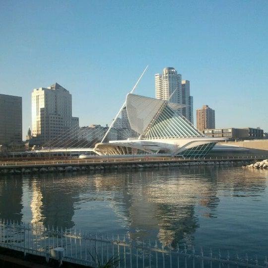 Foto tomada en Harbor House por John K. el 1/11/2012