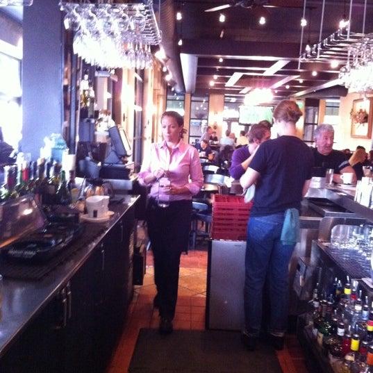 11/12/2011에 Curt B.님이 Loring Kitchen and Bar에서 찍은 사진