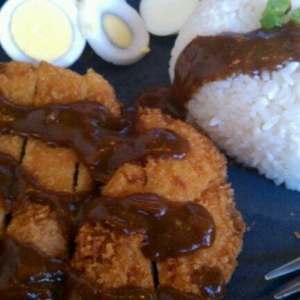 Foto tirada no(a) Hurry Curry of Tokyo por Eugene H. em 11/15/2011