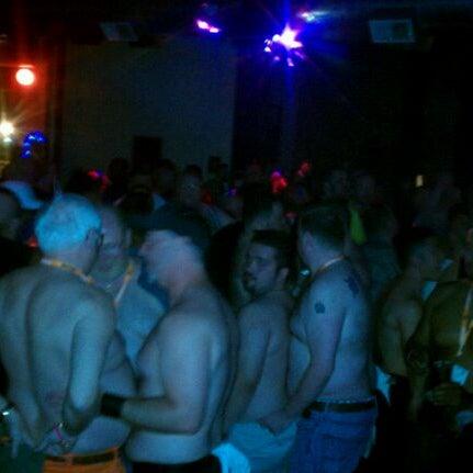 Photo prise au Bottom Lounge par Richard S. le5/26/2012