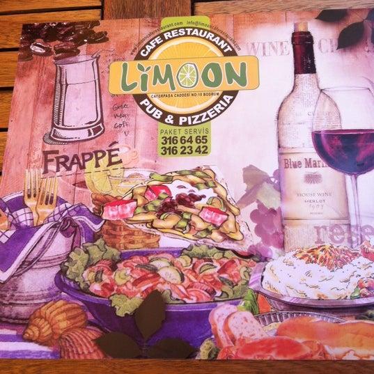 5/30/2012にYeliz Ö.がLimoon Café & Restaurantで撮った写真
