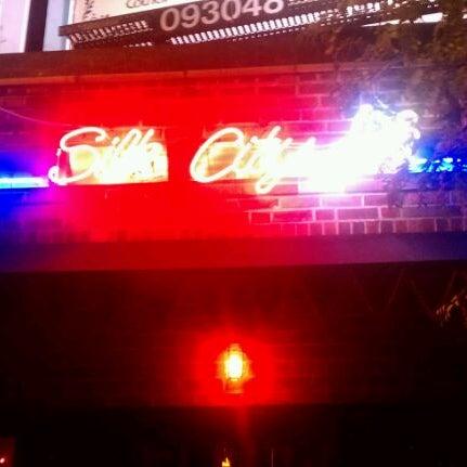 Снимок сделан в Silk City Diner Bar & Lounge пользователем Dan S. 10/19/2011