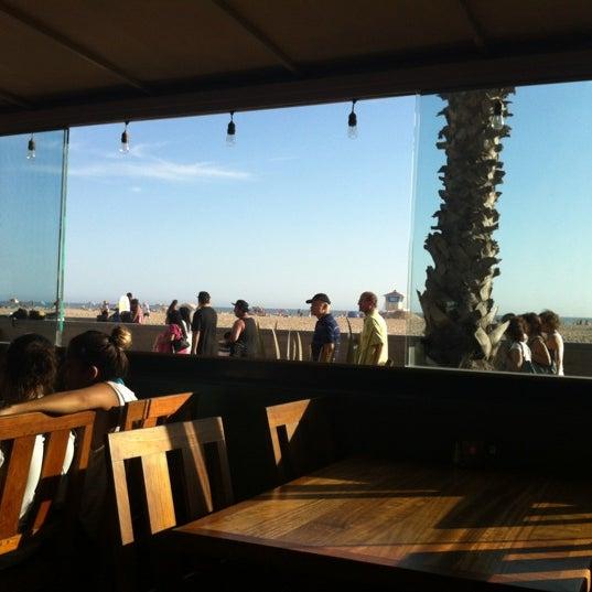Foto tirada no(a) Sandy's por Michael S. em 8/13/2012