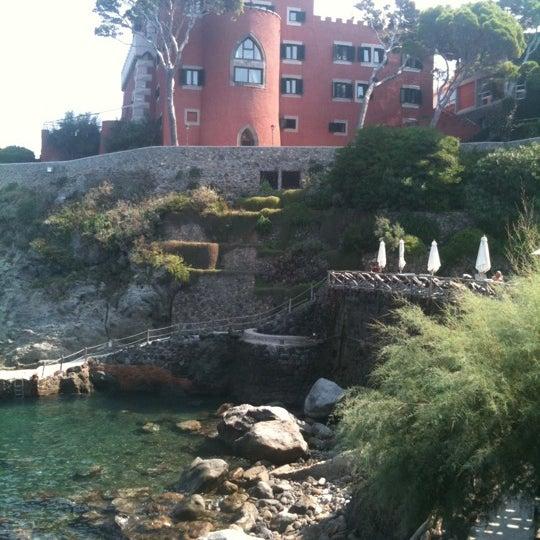 Foto diambil di Mezzatorre Resort & Spa oleh Alessandro B. pada 9/16/2011