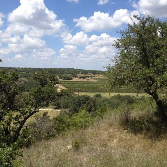 Foto diambil di Driftwood Estate Winery oleh Nico F. pada 9/1/2012