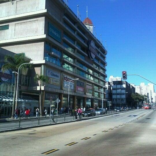 9/28/2011 tarihinde Guido D.ziyaretçi tarafından Shopping Estação'de çekilen fotoğraf