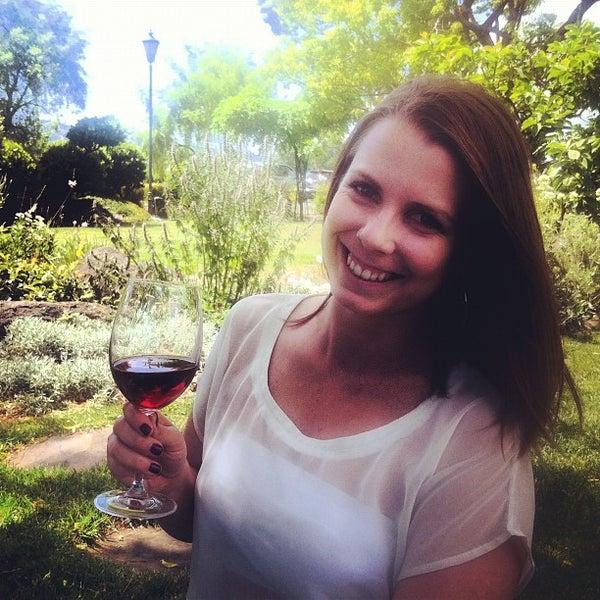 Foto scattata a Peju Province Winery da Justin D. il 5/26/2012