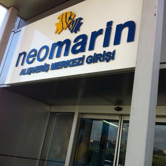 Foto diambil di Neomarin oleh Ömer K. pada 5/19/2012