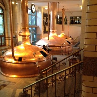 Das Foto wurde bei Heineken Experience von Matt A. am 8/8/2012 aufgenommen
