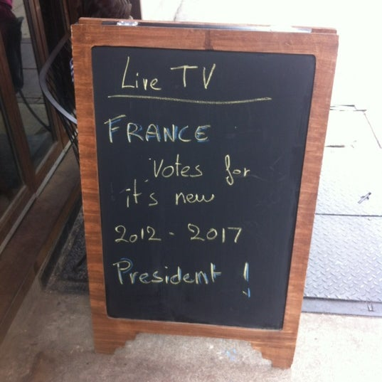 Das Foto wurde bei La Tarte Flambee von Tristan A. am 5/6/2012 aufgenommen