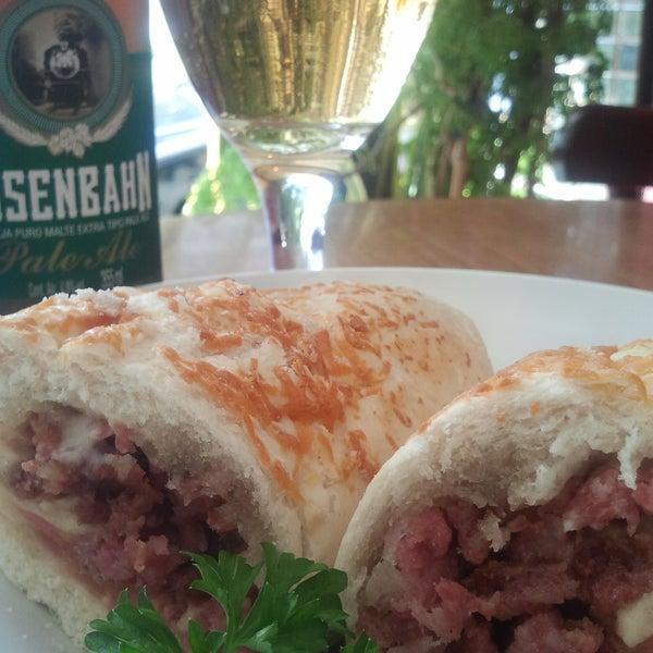 Hoje tem promoção :) Baguete de Linguiça Blumenau + Eisenbahn (Pilsen,Dunkel,PaleAle ou Kolsch) por R$15,50