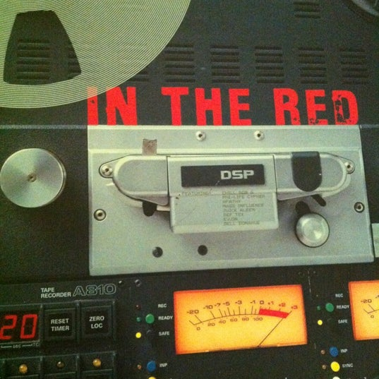 3/29/2012에 Dr. G.님이 Baza Record Shop에서 찍은 사진
