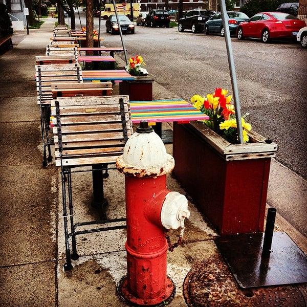 Photo prise au Barbette par Brian B. le4/28/2012