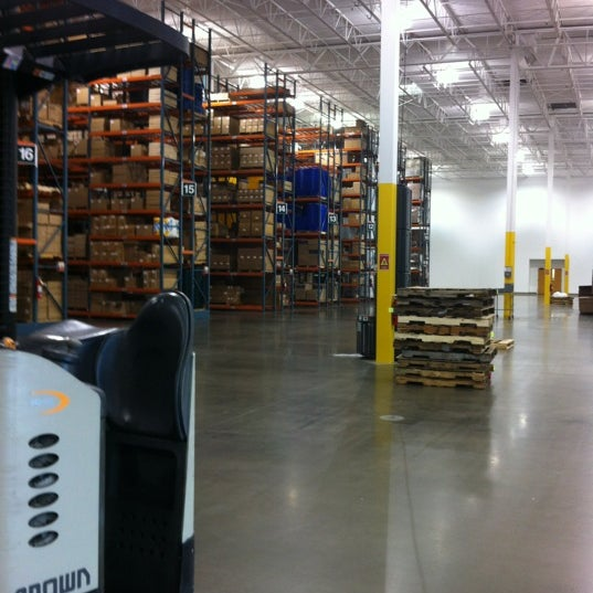 Photos at Uline Shipping Supplies - Southwest Dallas - 7 tips