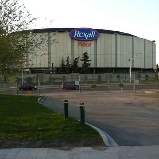 5/12/2012 tarihinde Cynthia S.ziyaretçi tarafından Northlands Coliseum'de çekilen fotoğraf