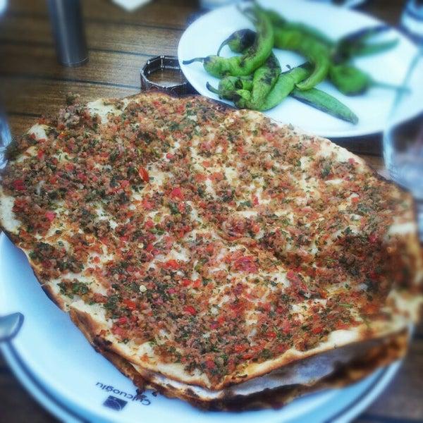 7/2/2012に''Beard Istanbul ل.がÇulcuoğlu Restaurantで撮った写真