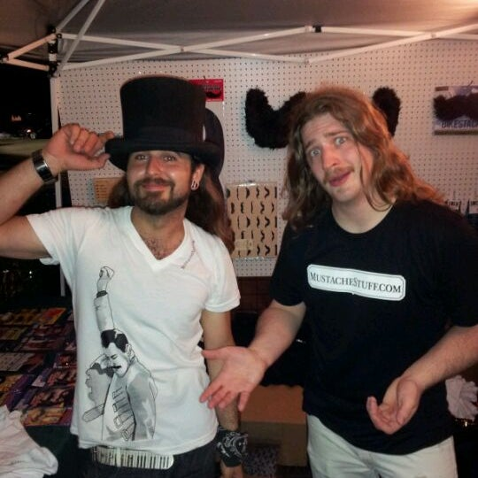 5/30/2012 tarihinde Jeffrey T.ziyaretçi tarafından Royal Oak Bar and Grill'de çekilen fotoğraf