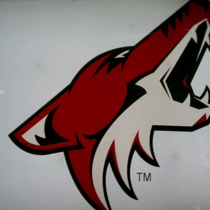 3/26/2012 tarihinde Rich M.ziyaretçi tarafından Gila River Arena'de çekilen fotoğraf