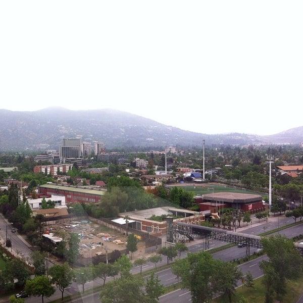 รูปภาพถ่ายที่ Courtyard by Marriott Santiago Las Condes โดย Idan C. เมื่อ 11/13/2011