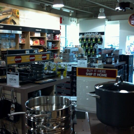 Calphalon Kitchen Outlet (Now Closed) - Gourmet Shop in ...