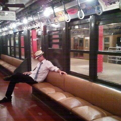 7/22/2012 tarihinde NYCphotosziyaretçi tarafından New York Transit Museum'de çekilen fotoğraf