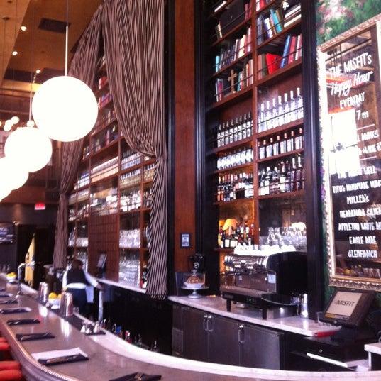 10/28/2011에 Jose A.님이 The Misfit Restaurant + Bar에서 찍은 사진