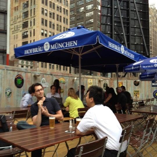 Foto diambil di Beer Authority NYC oleh Alex N. pada 8/21/2012