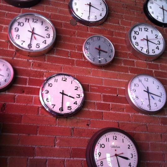 9/2/2012 tarihinde Vesten A.ziyaretçi tarafından SCHOOL Restaurant'de çekilen fotoğraf