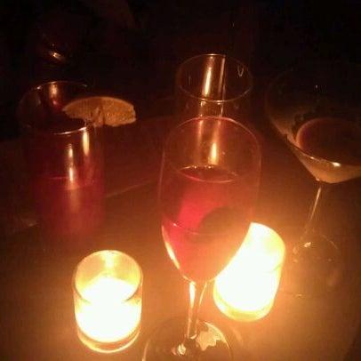 Foto tomada en Vodou Bar por Cherina B. el 12/11/2011