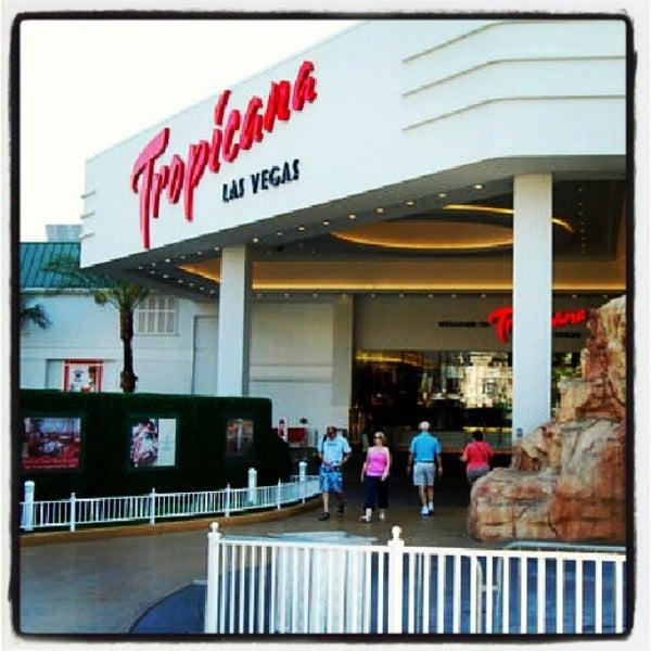 Снимок сделан в Tropicana Las Vegas пользователем Xoxe G. 7/22/2012