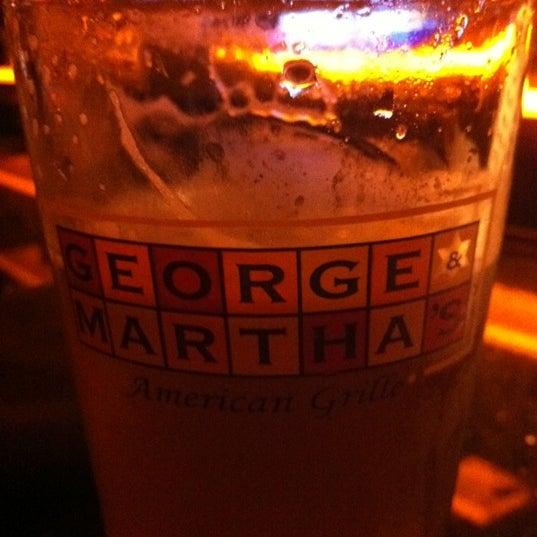 9/23/2011에 Louis G.님이 George and Martha's American Grill에서 찍은 사진