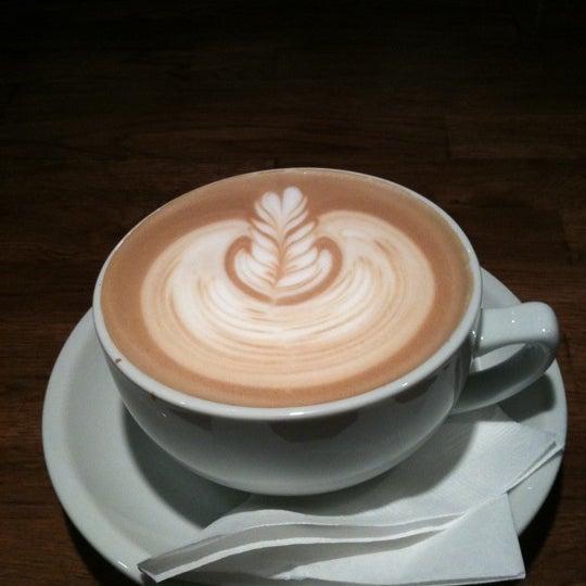 3/11/2011に@vtxxlxnkがCondesa Coffeeで撮った写真