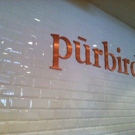 Photo prise au Purebird par Sammi L. le8/9/2011